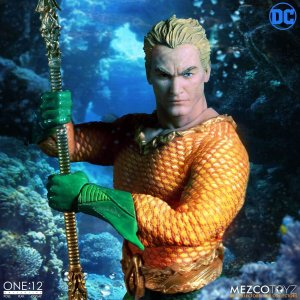 Mezco One:12 Collective Aquaman