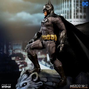 Mezco One:12 Collective Sovereign Knight Batman