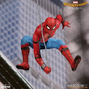 Mezco One:12 Collective Spider-Man Homecoming