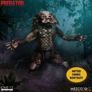 Mezco One:12 Collective Predator Deluxe Edition